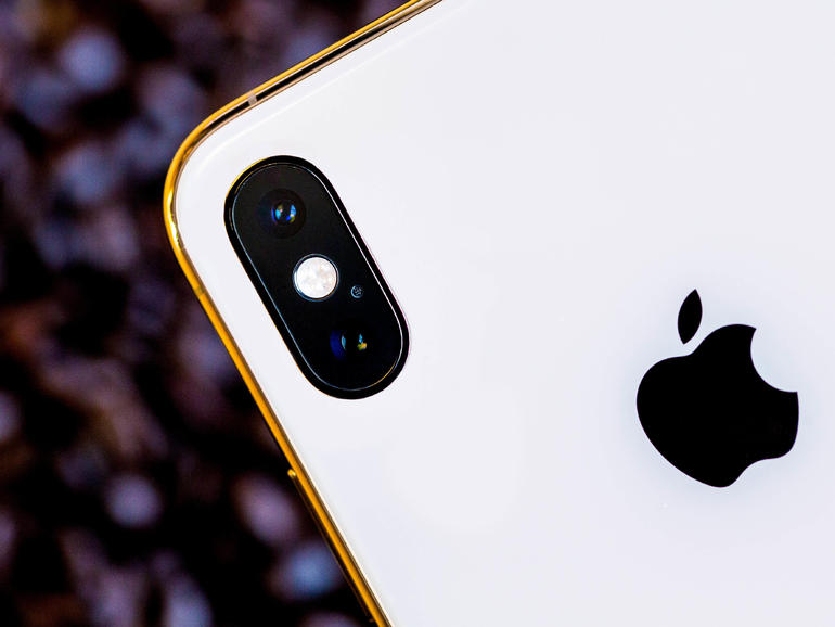 iPhone privacy: We accessed your phone's camera but it was a 'bug', says Facebook